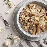 piatto di tortiglioni con cavolfiore e mandorle
